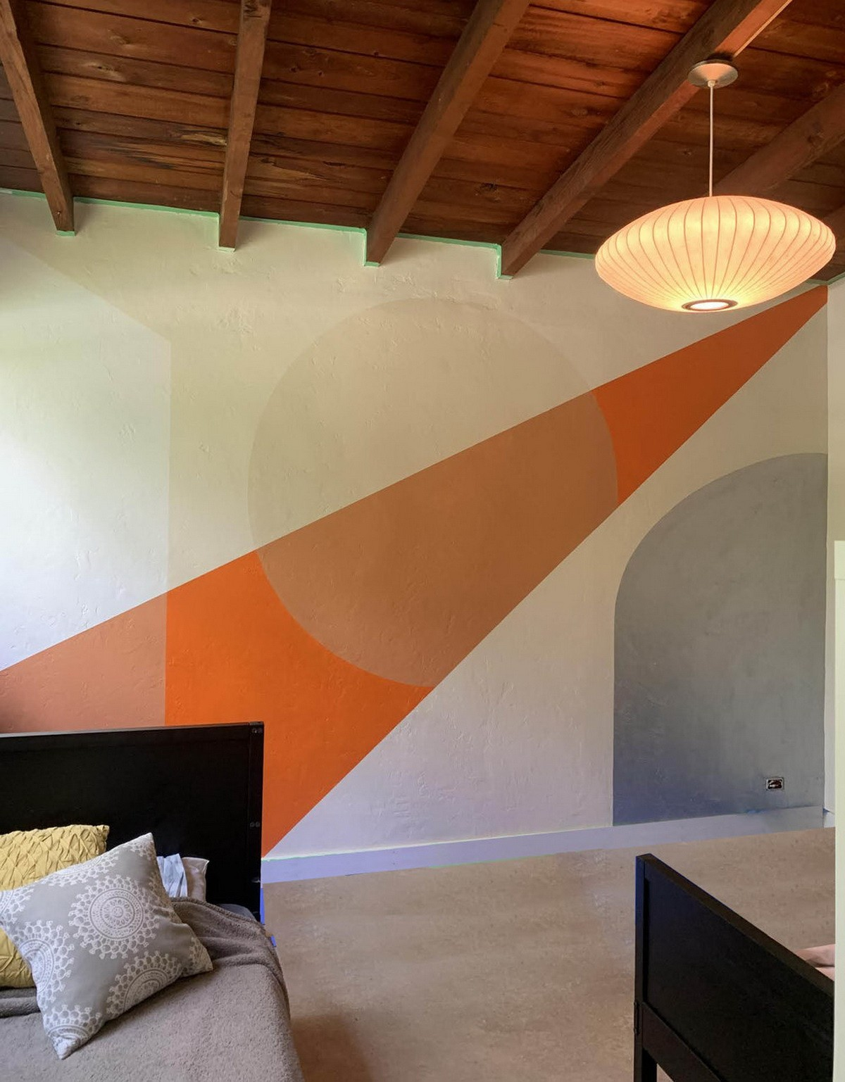GEOMETRICA ABSTRACT VIVID COLORS MURAL IN A PENTHOUSE