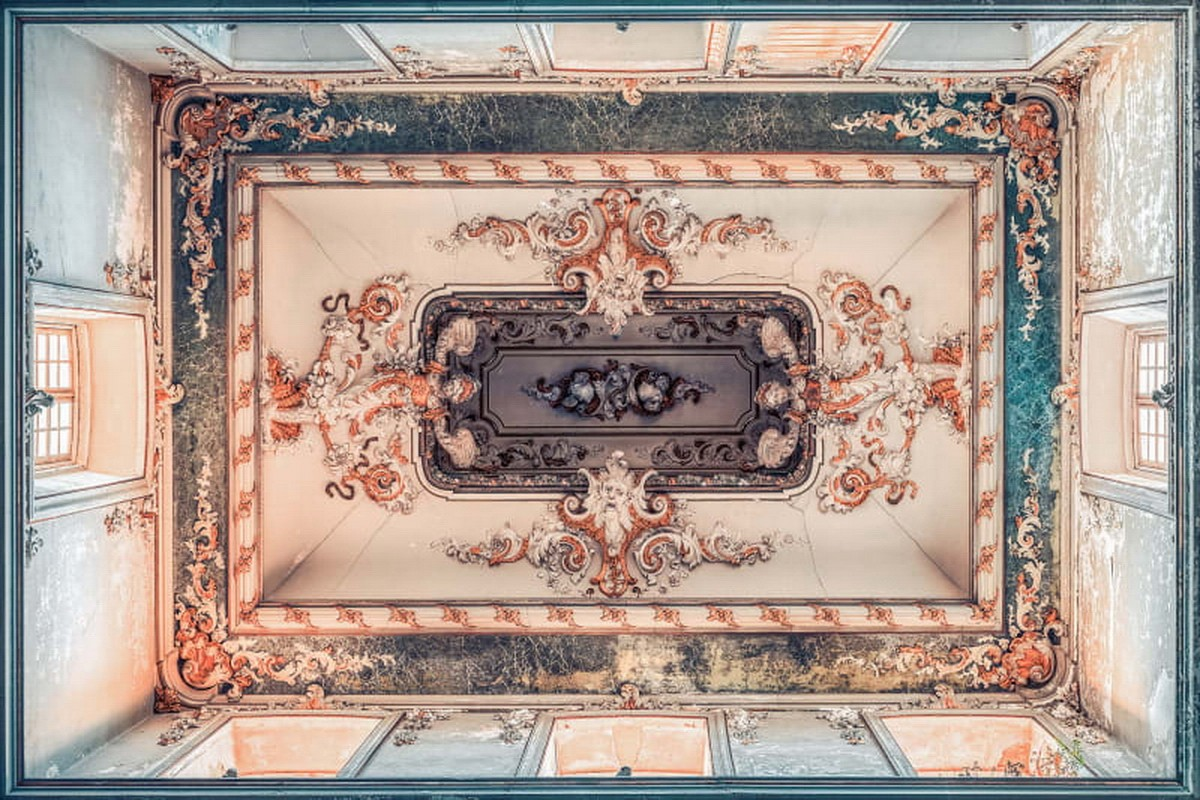 MURAL ON THE CEILING | FLORENCE